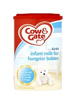 Cow & Gate Milk Powder for Hungrier Babies 900g
