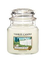 Yankee Candle Medium Jar Candle - Clean Cotton