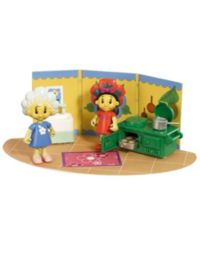 40 Advantage card points. Encourage your childs imagination with these Cook  Clean Playsets, you can either cook in the kitchen with Poppy and Fifi or get washed in the bathroom with Fifi. FREE Delivery on orders over £40.
