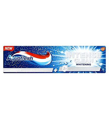 Aquafresh Intense Clean Whitening Flouride Toothpaste  75ml