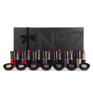 No7 Beauty Haul Colour Vault.
