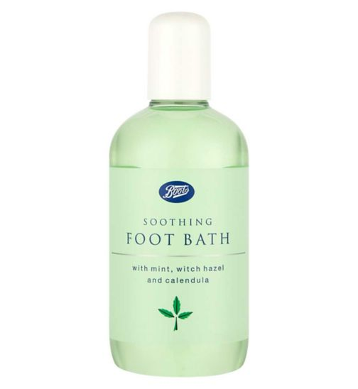 <p>Boots Soothing Foot Bath - 150ml</p>