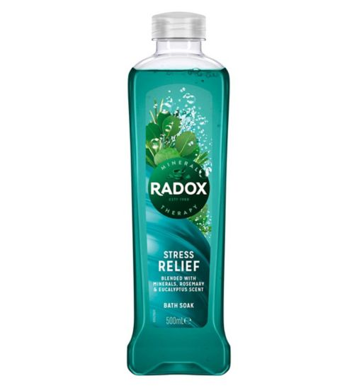 <p>Radox Feel Good Fragrance Stress Relief Bath Soak 500ml</p>