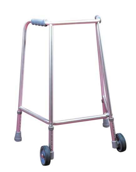 <p>Homecraft Wheeled Adjustable Walking Frame</p>