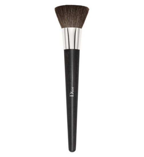 DIOR BACKSTAGE Professional Finish Powder Foundation Brush -  High Coverage