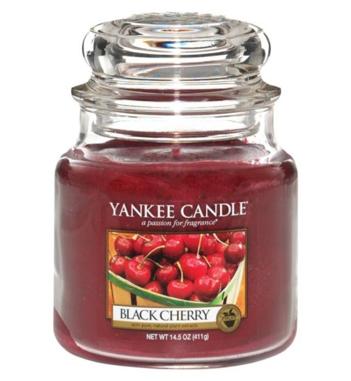 Yankee Candle Medium Jar Candle - Black Cherry