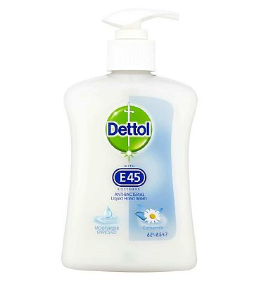 Dettol Anti-Bacterial Liquid Hand Wash with E45 Camomile 250ml