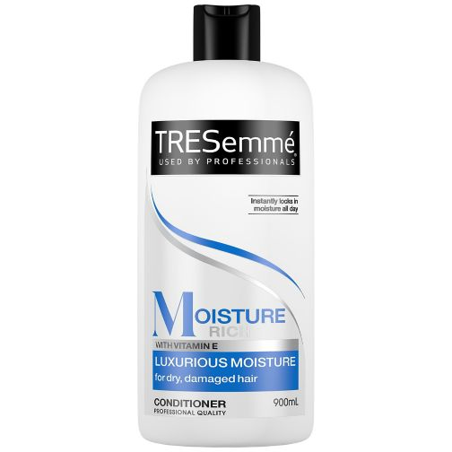 TRESemmé Moisture Rich Luxurious Moisture Conditioner 900ml
