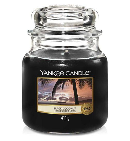 Yankee Candle Classic Medium Jar Candle in Black Coconut
