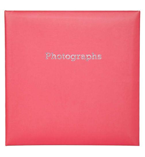Innova Editions red memo slip in album holds 140 15x10cm 6x4