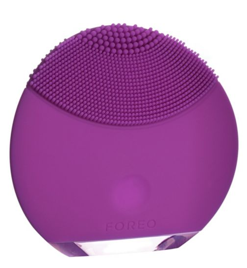 Foreo LUNA mini Skincare Device Purple