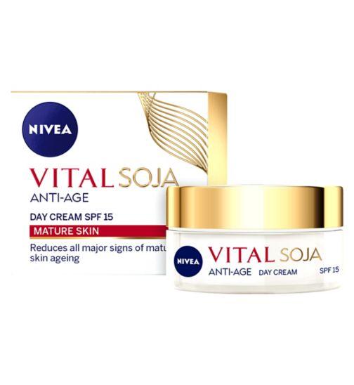 NIVEA Vital Soja Anti-Age Day Cream SPF15 50ml