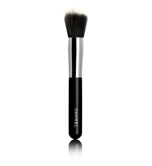 CHANEL PINCEAU FOND DE TEINT ESTOMPE N°7 Blending Foundation Brush