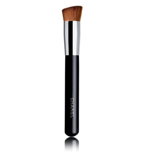 CHANEL PINCEAU TEINT 2 EN 1 FLUIDE ET POUDRE N°8  2-IN-1 Foundation Brush