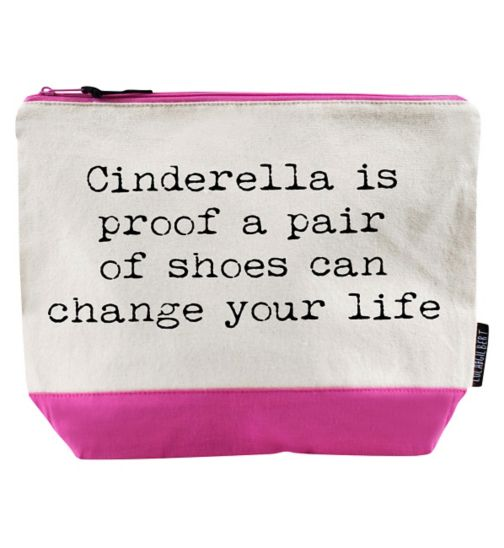 Lola & Gilbert wash bag       Cinderella