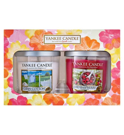Yankee Candle Two Small Pillar Candle Gift Set