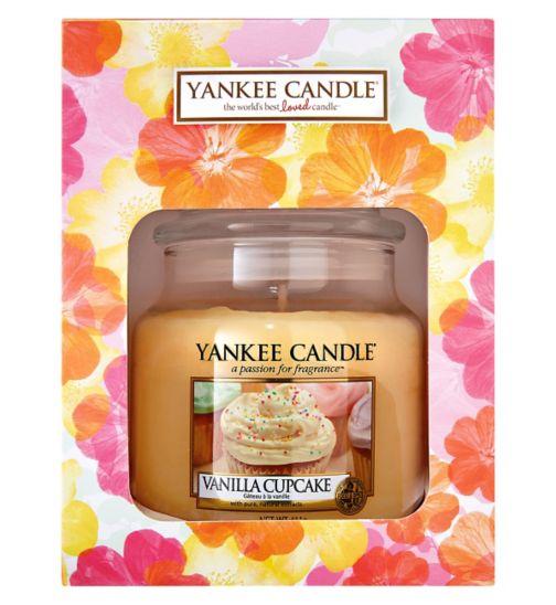 Yankee Candle Boxed Medium Jar Candle Gift Set