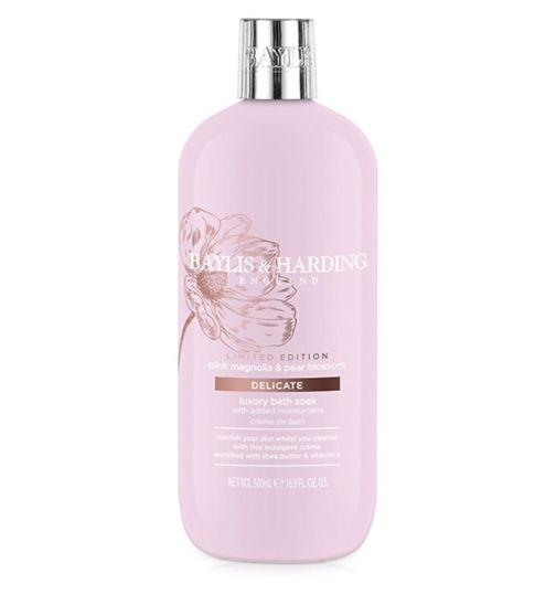 Baylis & Harding Pink Magnolia & Pear Blossom Luxury Bath Soak 500ml