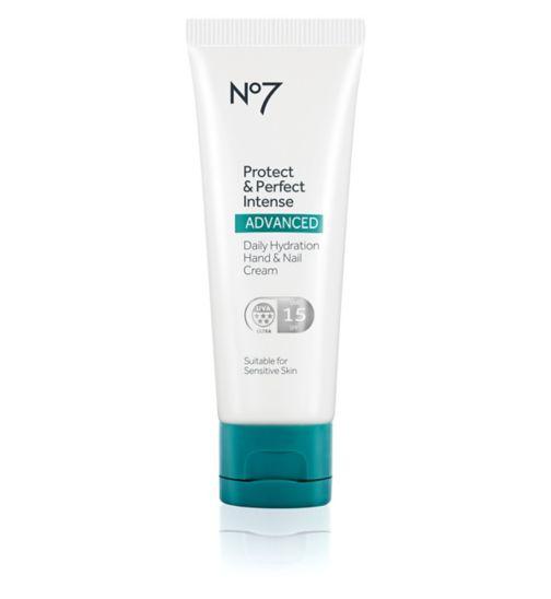 No7 Protect & Perfect Intense ADVANCED daily handcream SPF15 75ml