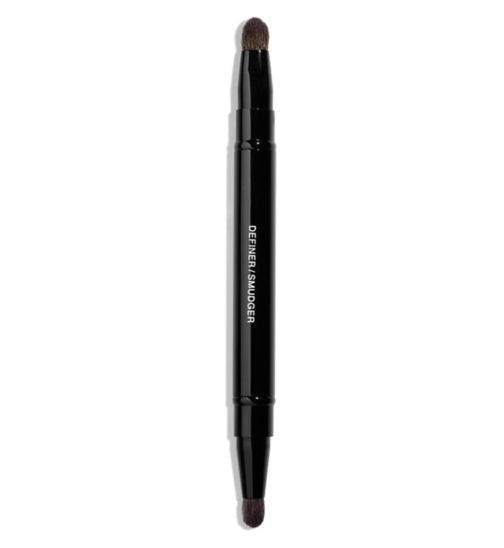CHANEL RETRACTABLE DUAL-TIP EYESHADOW BRUSH