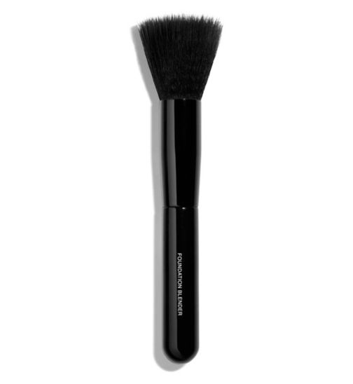 CHANEL PINCEAU ESTOMPE TEINT Foundation Blending Brush