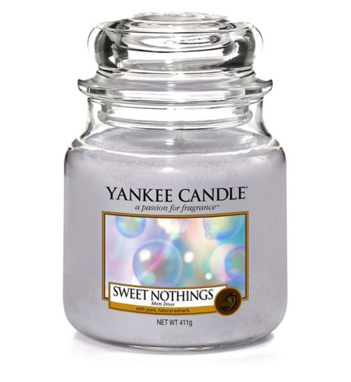 Yankee Candle Classic - Medium Jar Candle Sweet Nothings