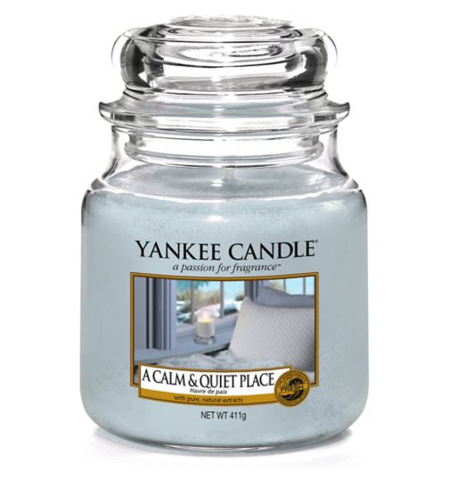 Yankee Candle Classic - Medium Jar Candle A Calm & Quiet Place