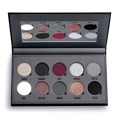 Makeup Obsession Black Is The New Black Shadow Palette
