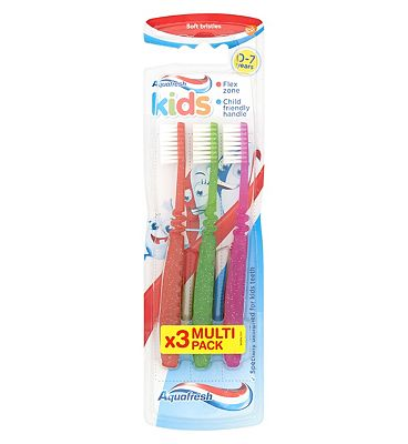 Aquafresh Kids 3 Soft Bristles Toothbrush 0-7 Years